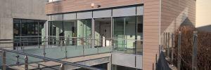 Schwab-Architectes livre avec SUNTHESIS GROUPE l'extension du bâtiment 106 , pour la Société ELANCO France , Société du Groupe Lilly
